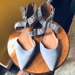 HALOGEN Suede pointed toe flats in light blue, W9